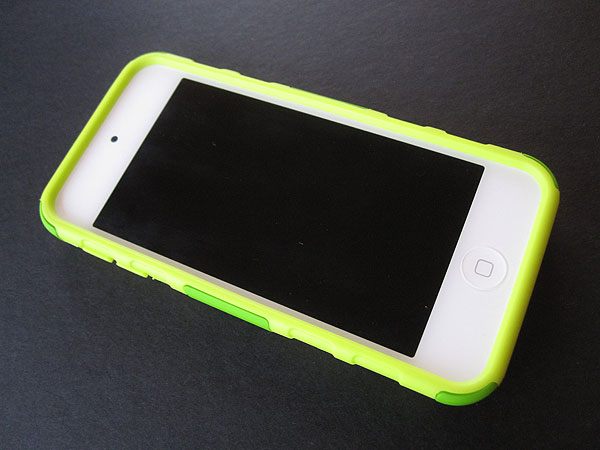 Review: Macally TankT5 Protective Flexible Case with Stand for iPod touch 5G