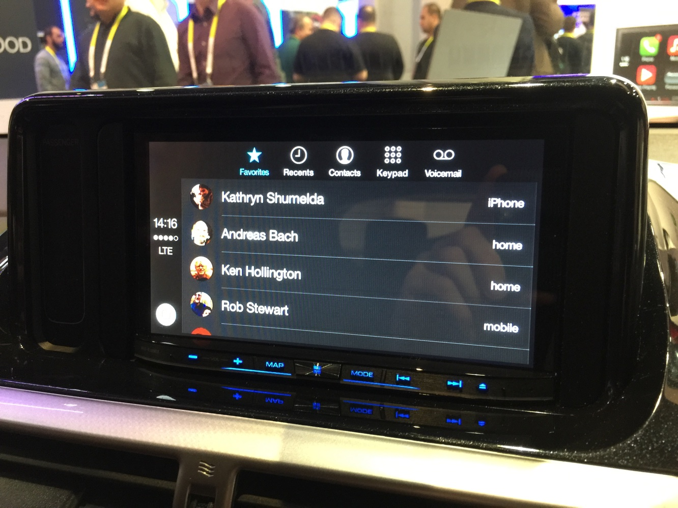 Hands-on with CarPlay at CES 2015 4