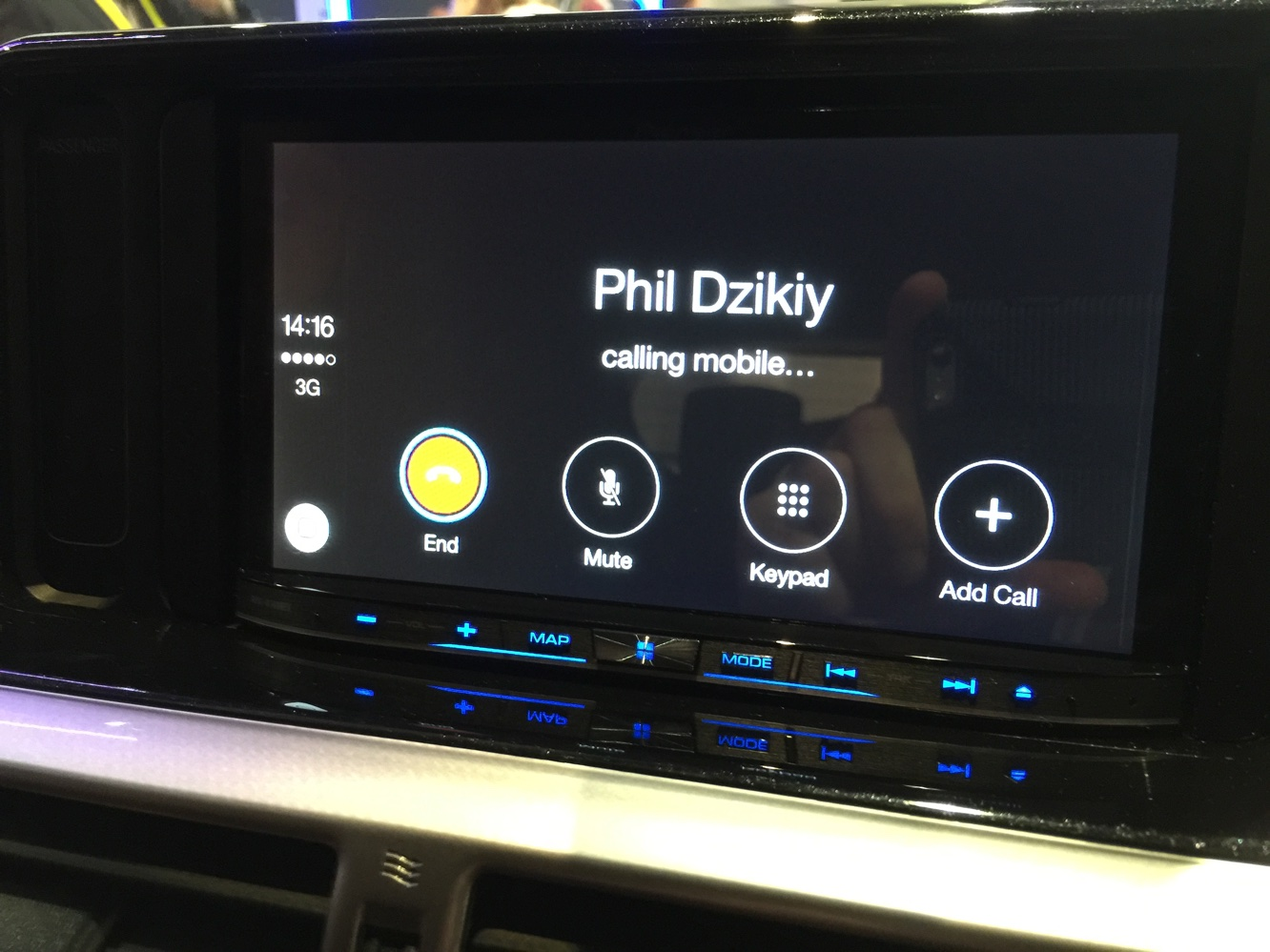 Hands-on with CarPlay at CES 2015 5