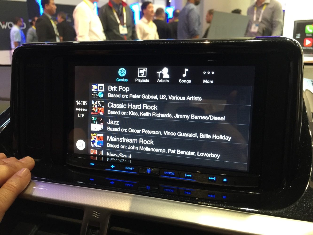 Hands-on with CarPlay at CES 2015 6