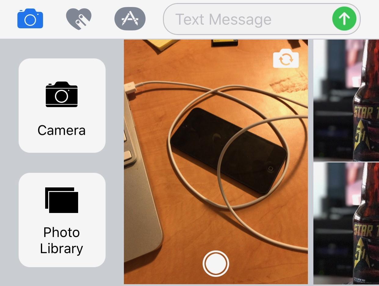 Taking pictures and saving to photo library in iOS 10 Messages 1