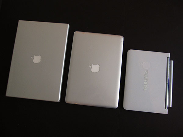 On MacBook Mini, Or, What A $400 Hackintosh Netbook Really Gets You, And Leaves Out