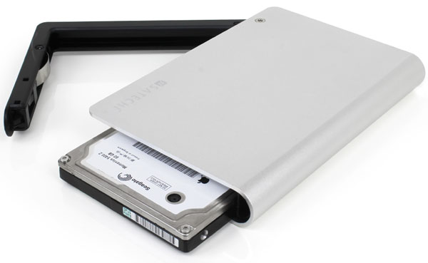 Satechi Aluminum External Hard Disk Enclosure + Multifunction Card Reader