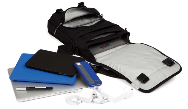 Stm Linear Medium Laptop Shoulder Bag 15