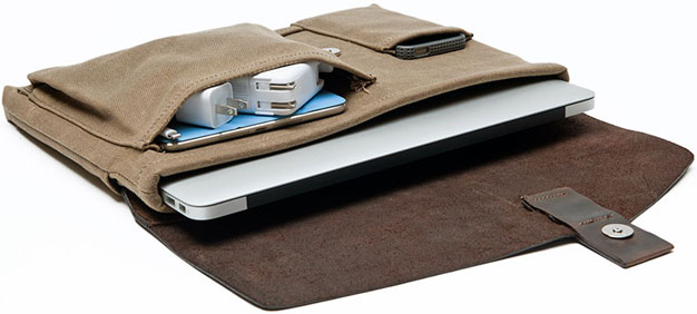 Waterfield Designs Outback Solo for MacBook Air