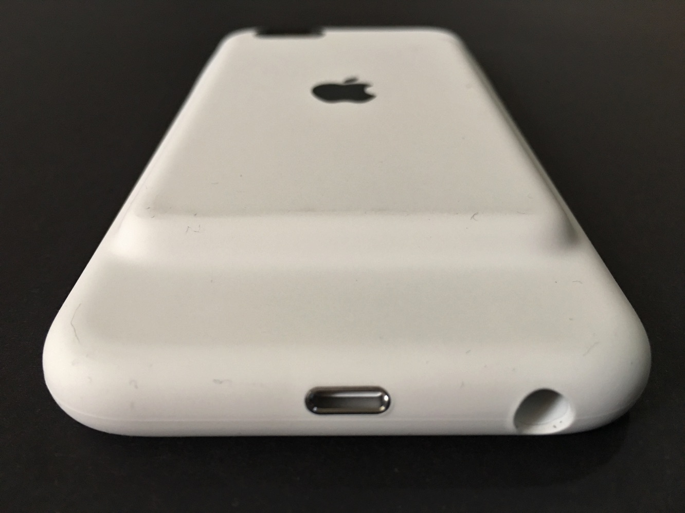Review: Apple iPhone 6s Smart Battery Case 5
