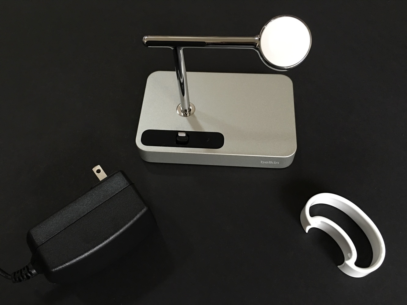 Review: Belkin Charge Dock for Apple Watch + iPhone
