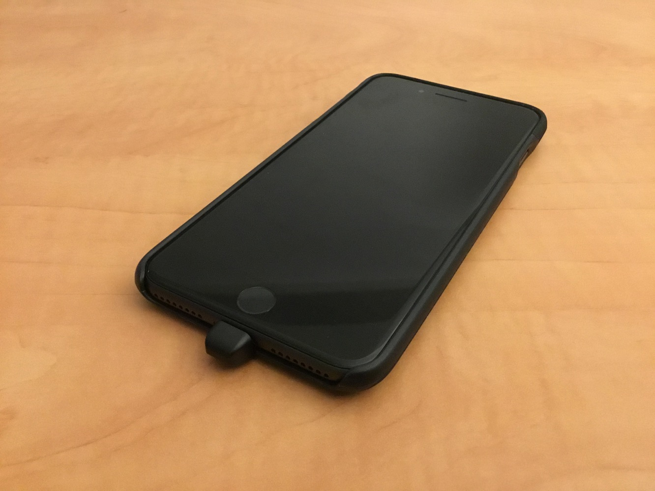 New image of iPhone X attracts attention to a certain issue — Spotted