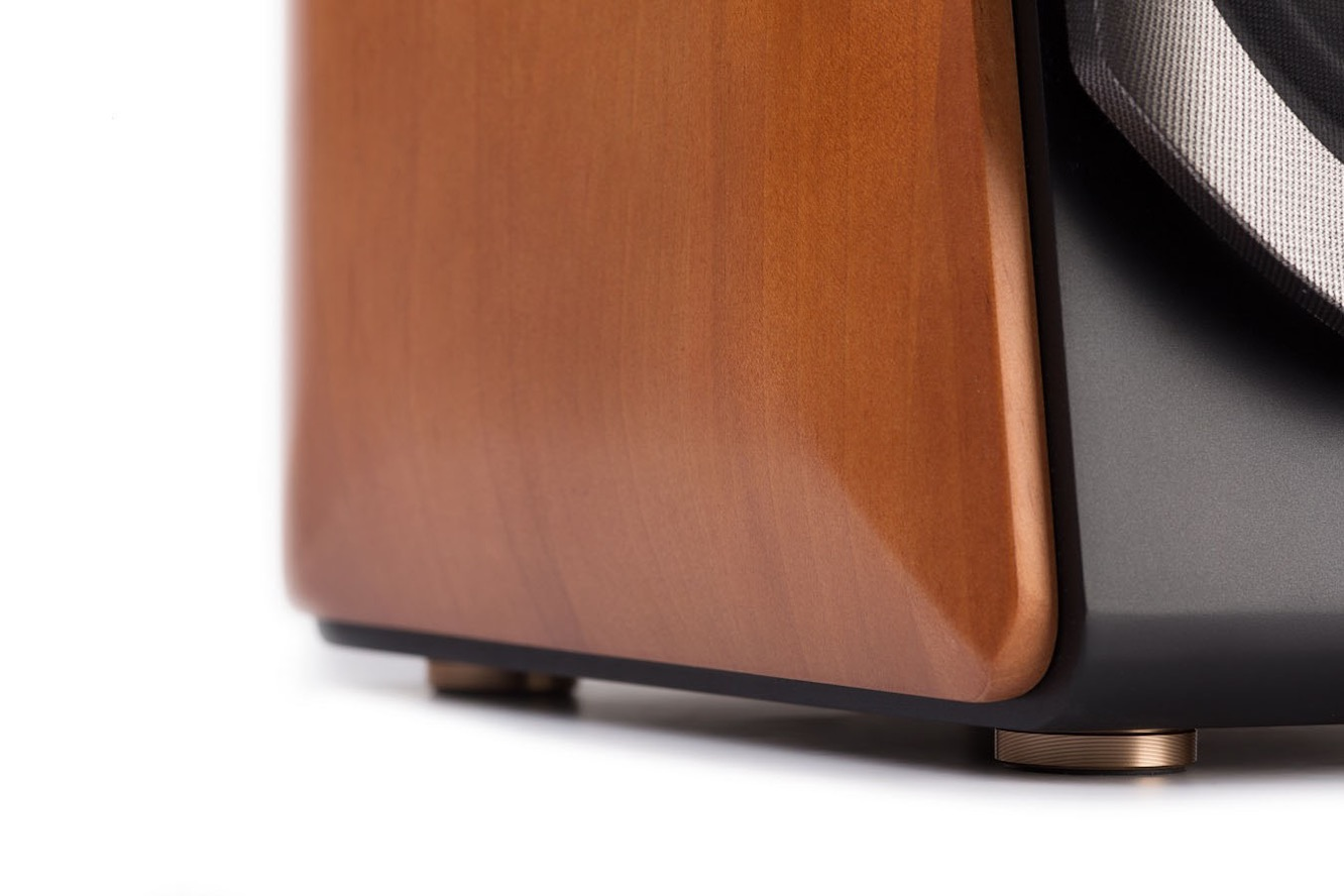 Review: Edifier S2000 Pro Bookshelf Speakers