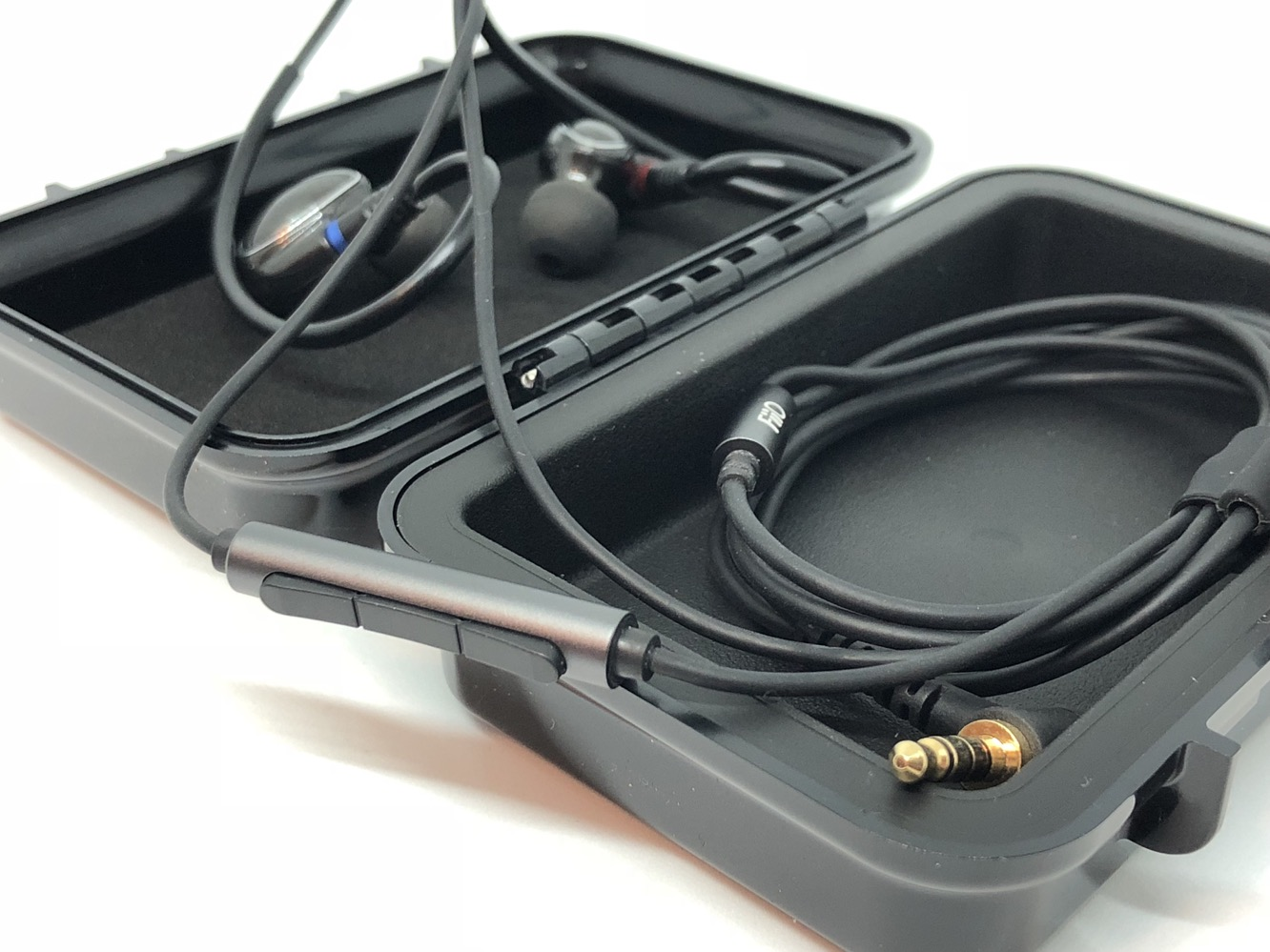 Review: Fiio FH1 In-Ear Headphones