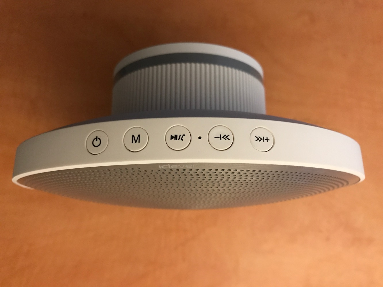 Review: iClever BoostSound BTS-09 Bluetooth Speaker