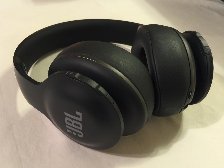 review jbl everest elite 700 bluetooth headphones ilounge. Black Bedroom Furniture Sets. Home Design Ideas