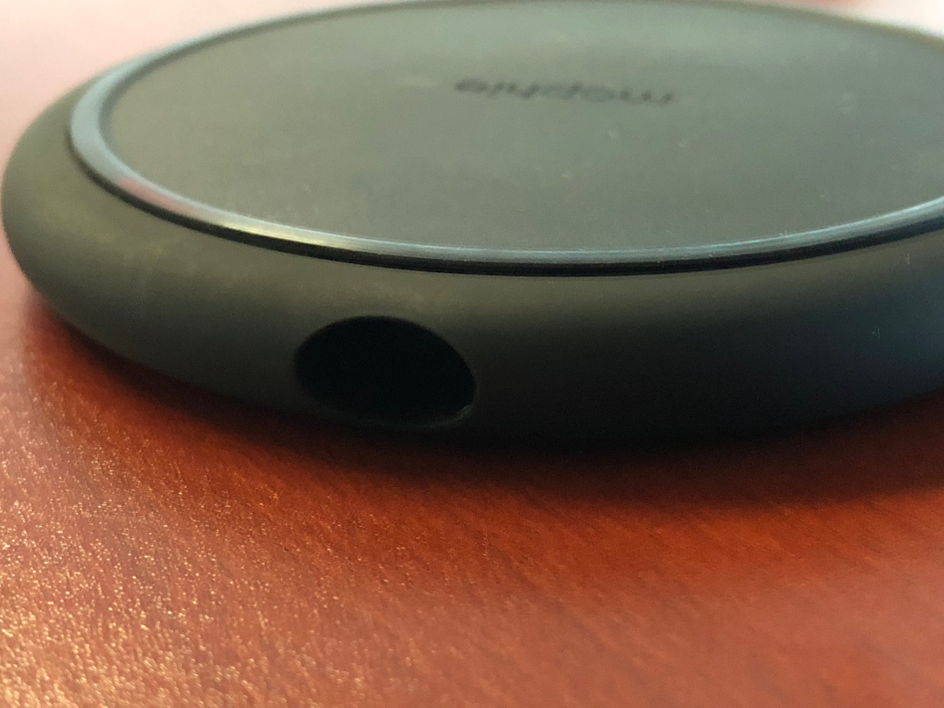 Review: iClever Apple Watch Charging Stand