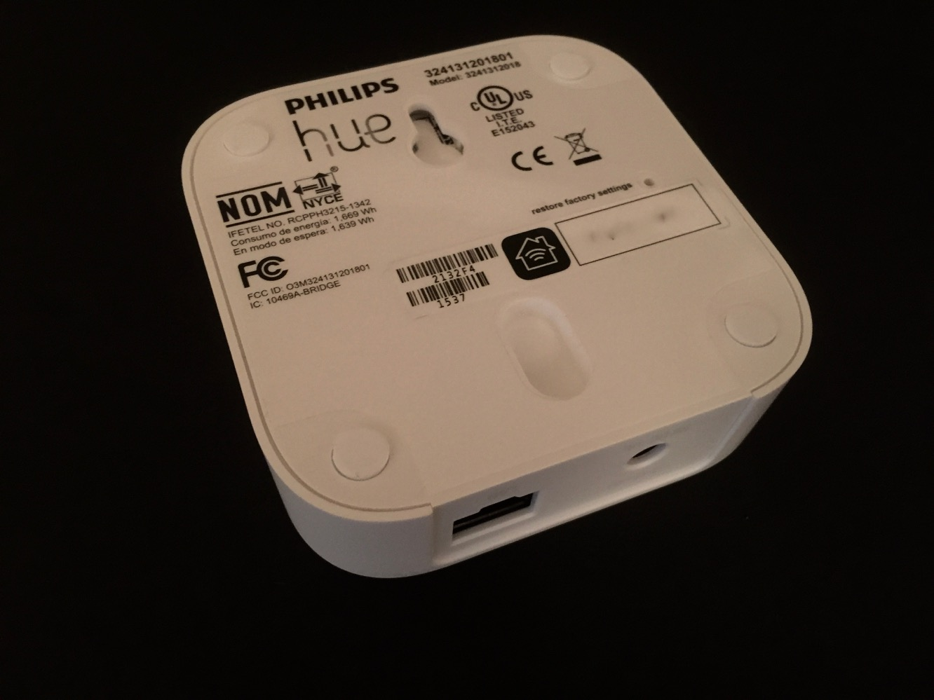 Review: Philips Hue HomeKit Bridge, White and Color Ambiance