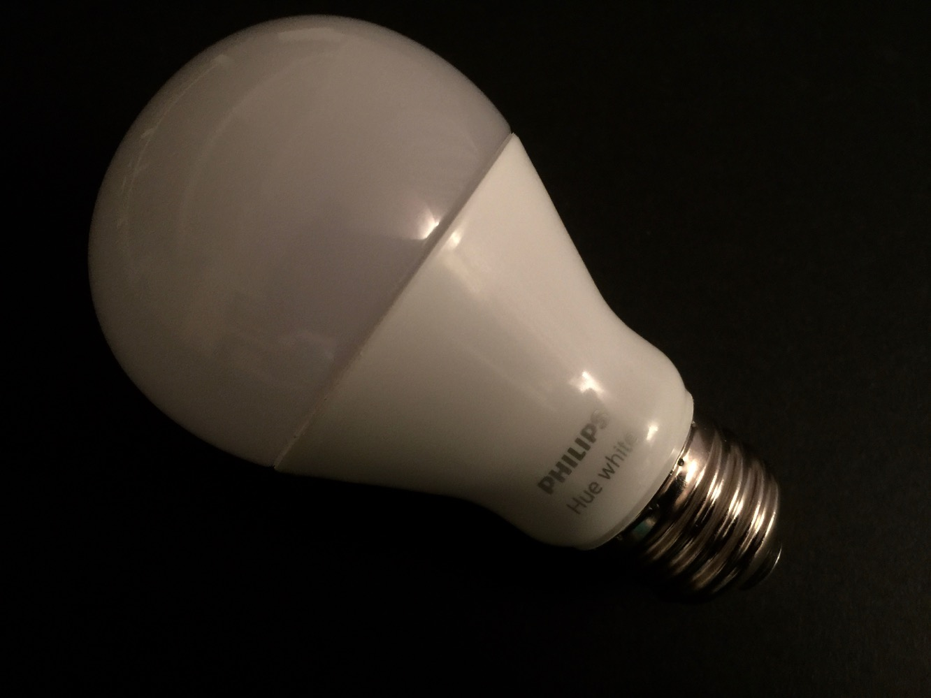 Review: Philips Hue HomeKit Bridge, White and Color Ambiance Starter Kit, White Starter Kit