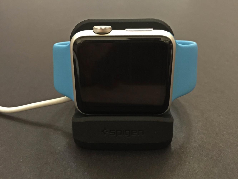 Review: Spigen Apple Watch Nightstand S350