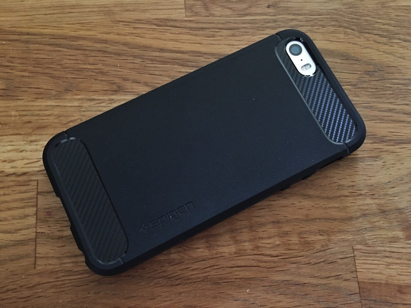 ... : Spigen Rugged Armor, Style Armor + Wallet S for iPhone SE : iLounge
