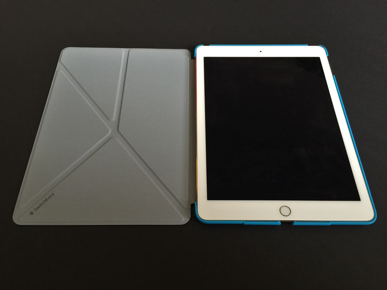 Review: SwitchEasy Canvas + Rave for iPad Air 2