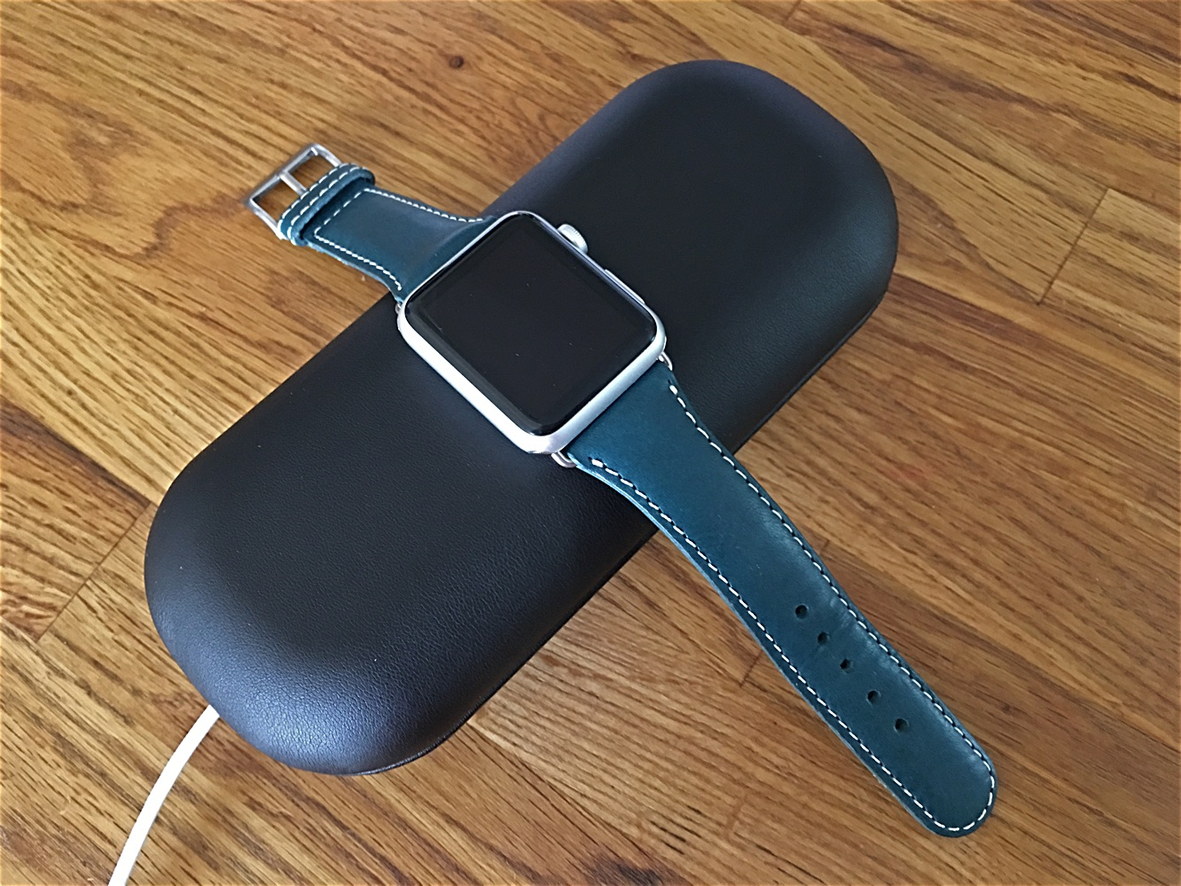 SLG Design D6 Italian Minerva Box Leather Strap for Apple Watch