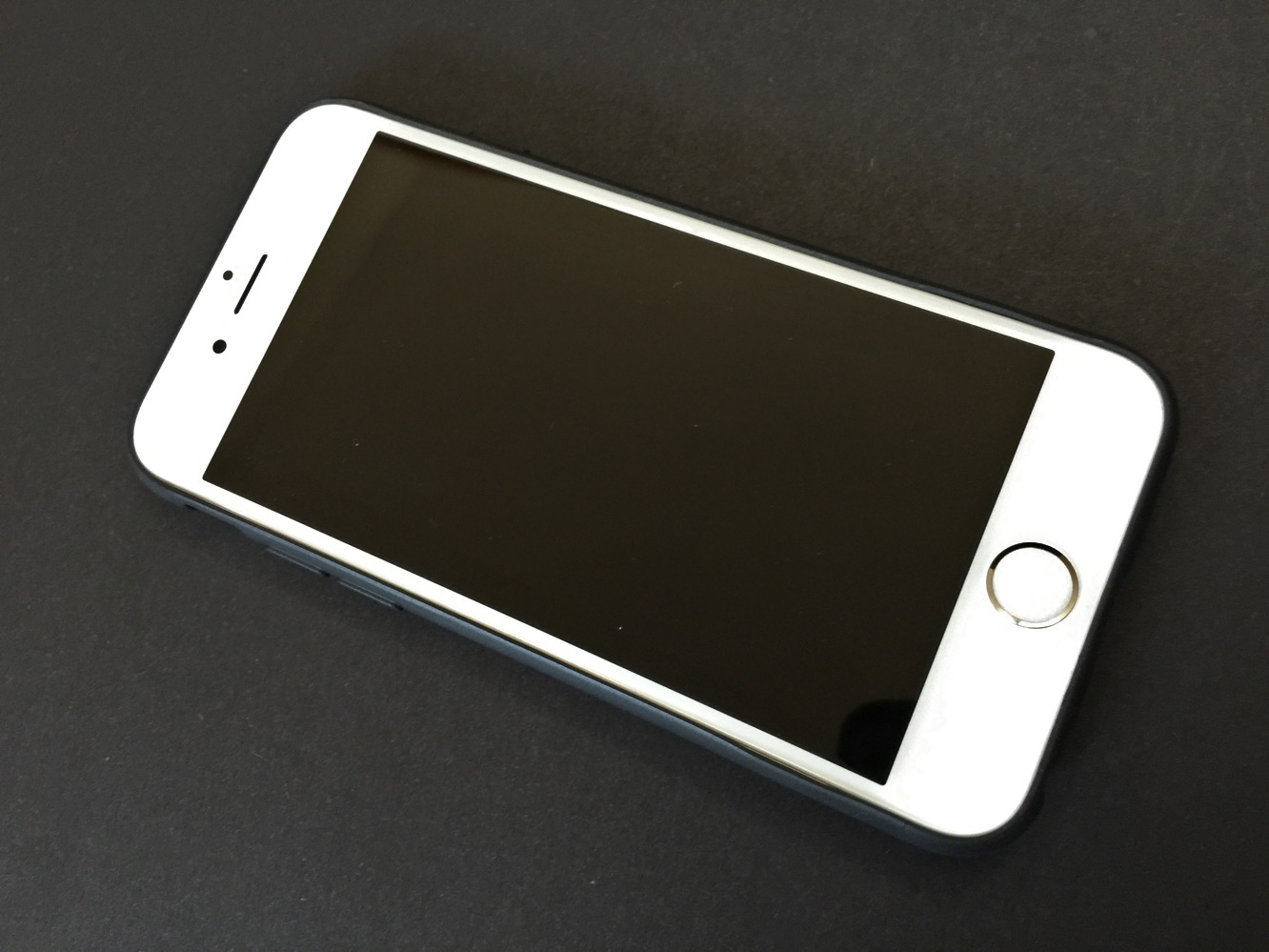 Review: Uniq Transforma for iPhone 6 and iPhone 6 Plus