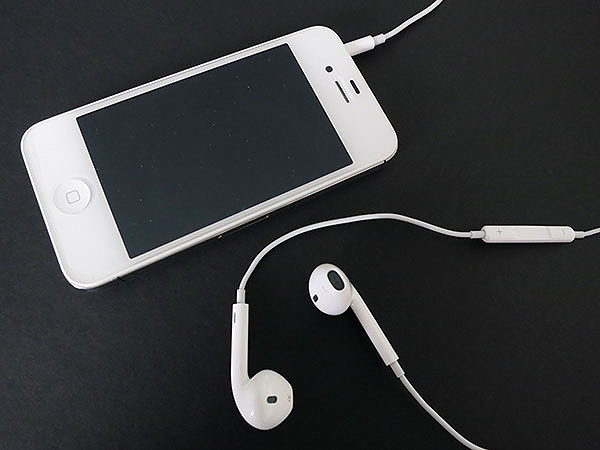 Review: Apple EarPods with Remote and Mic 1