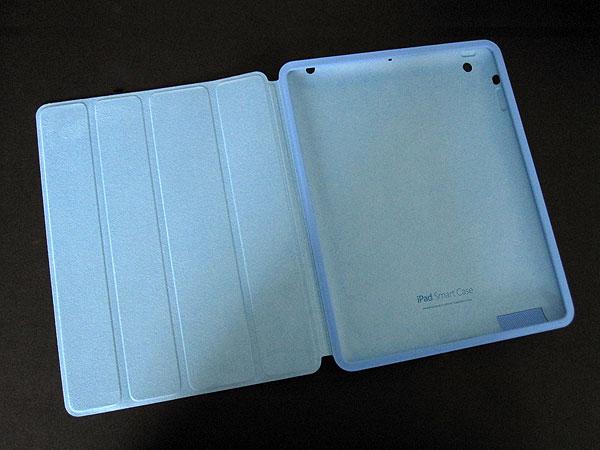 Review: Apple iPad Smart Case