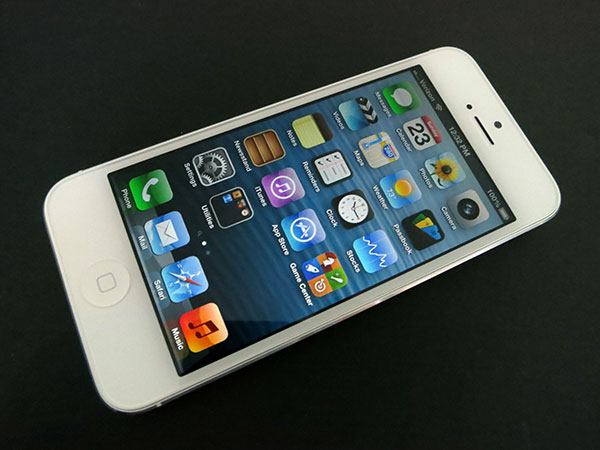 Review: Apple iPhone 5 (16GB/32GB/64GB) 13