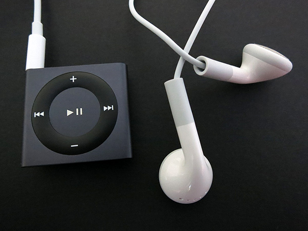 Review: Apple iPod shuffle (Fourth-Generation) 34