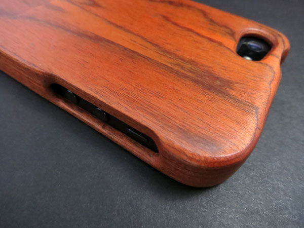Review: Basecase Woodworks for iPhone 5