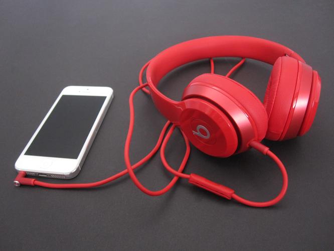 Review: Beats Electronics Solo2 1
