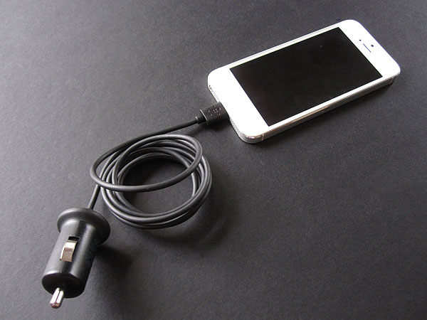 Review: Belkin Car Charger with Lightning Connector