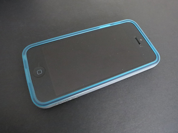 Review: Belkin Grip Candy Sheer for iPhone 5 2