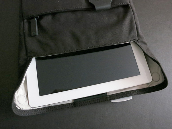 Review: blueLounge Bonobo Series Sleeve for iPad + iPad 2