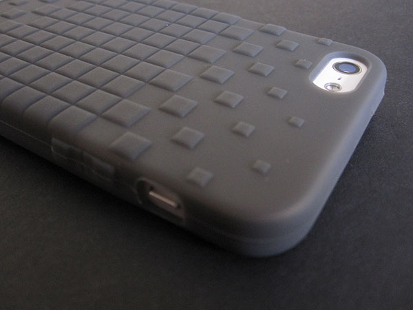 Review: Bone Collection Phone Cube 5 for iPhone 5