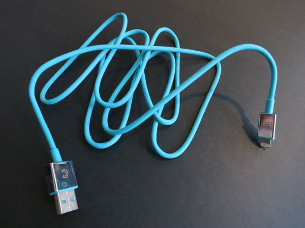 First Look: Candywirez Lightning Sync and Charge Cable
