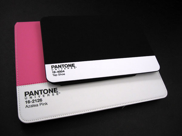 Review: Case Scenario Pantone Universe Book Case for iPad 2, iPad (3rd/4th-Gen) + iPad mini