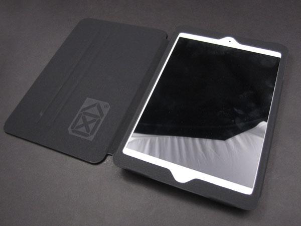 Review: Case Scenario Pantone Universe Book Case for iPad 2, iPad (3rd/4th-Gen) + iPad mini