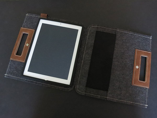 Review: Cooler Master Afrino + Bizet Folios for iPad 2/iPad (3rd-Gen) 1