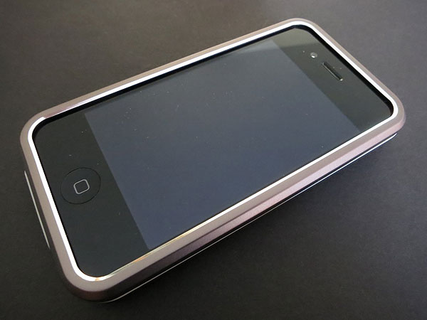 Review: Cygnett Metalicus for iPhone 4/4S 1