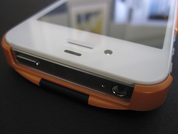 First Look: FabX Maxx Spectra for iPhone 4/4S