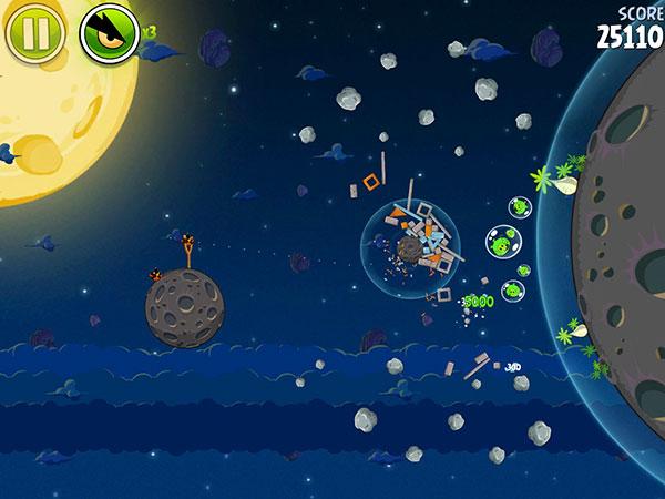 iOS Gems: Angry Birds Space, Draw Something, Sky Gamblers: Air