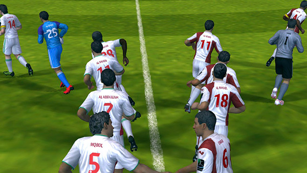 iOS Gems: Bad Piggies, FIFA 13, Rayman Jungle Run, Street Fighter x Tekken Mobile + The Room 12