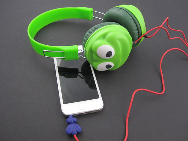 First Look: Griffin Kazoo MyPhones Headphones