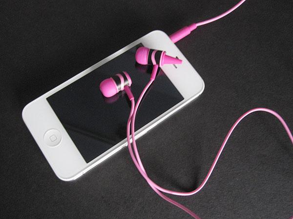 First Look: Griffin Crayola MyPhones + MyPhones Earbuds