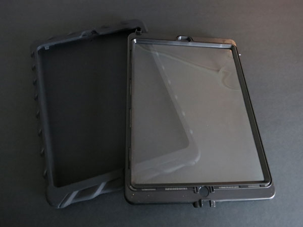 Review: Gumdrop Cases Bounce, Hideaway + Drop Tech Series for iPad Air