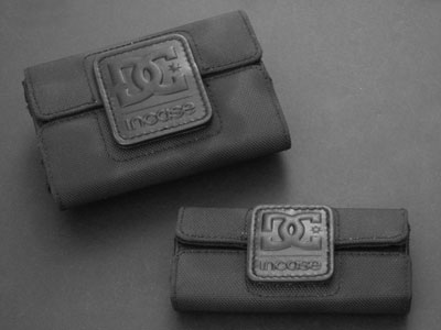 Review: DC Shoes/Incase Folios for iPod 5G and nano