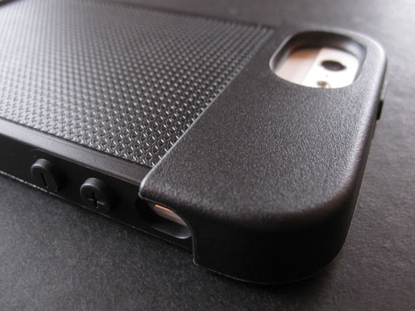 Review: Incase Systm Hammer for iPhone 5