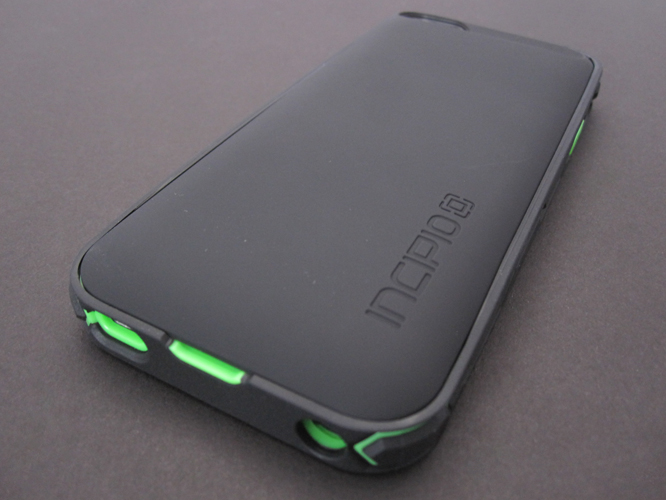Review: Incipio offGRID Rugged Battery Case for iPhone 5