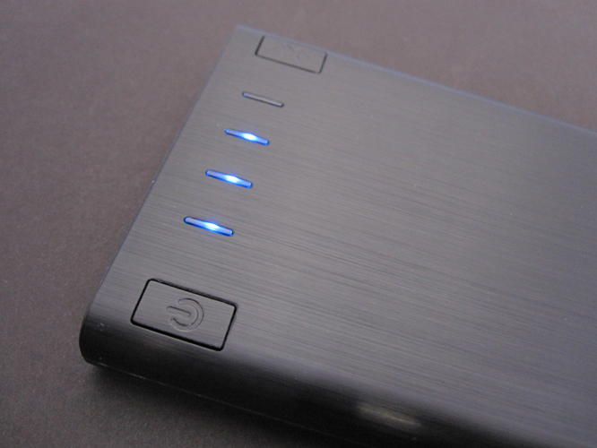 Review: Incipio offGRID Smart Bluetooth Low Energy-Enabled Portable 6000mAh Backup Battery