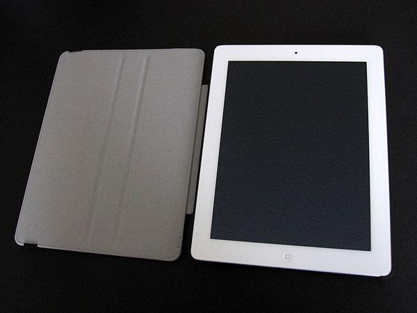 First Look: Incipio Slim Kickstand for iPad (3rd-Gen)